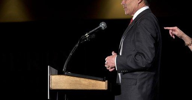 """Perry leaving """"quirky"""" Iowa for South Carolina"""