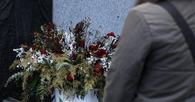 Vaclav Havel's ashes buried in Prague