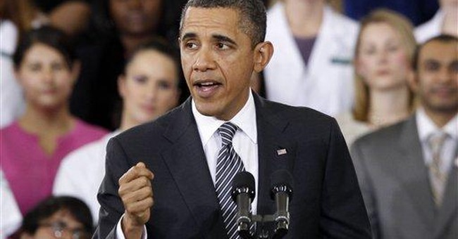 Obama promotes job training at community college