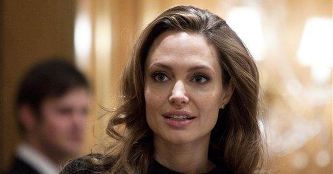 Jolie to attend showing of her film in Bosnia
