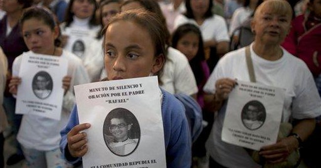 Colombian priests hired hitmen to kill themselves