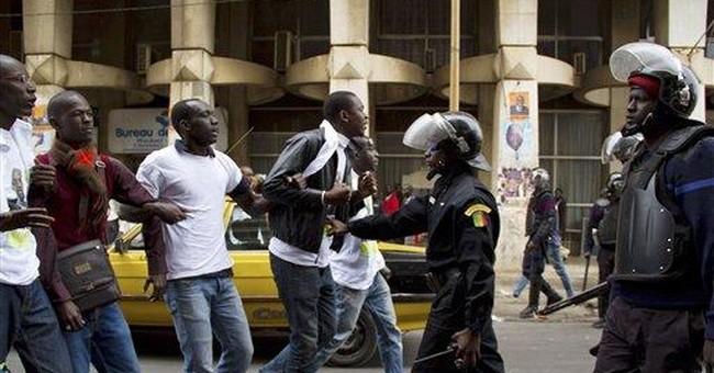 Police fire tear gas at Senegal opposition protest
