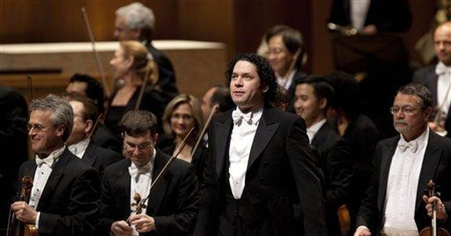 Dudamel and LA Philharmonic make waves in Caracas