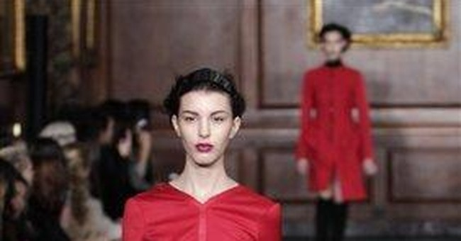 NY Fashion Week finishes up; shows begin in Europe