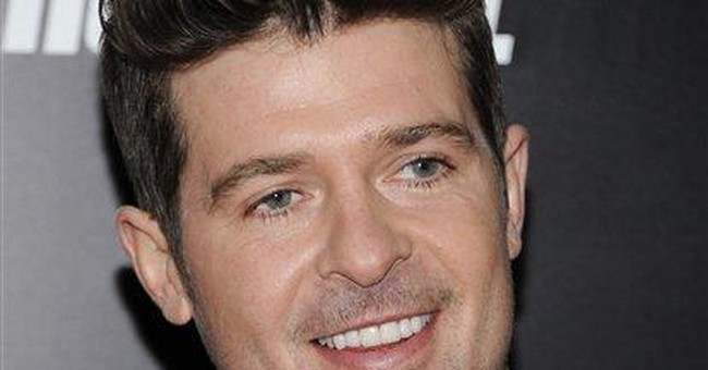 R&B singer Robin Thicke arrested on NYC pot charge