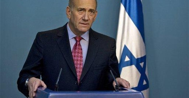 Ex-Israeli leader Olmert accused of seeking bribes