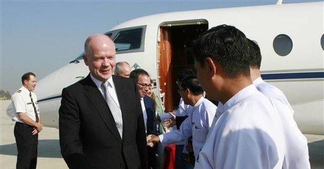 UK's Hague arrives in Myanmar to urge reforms