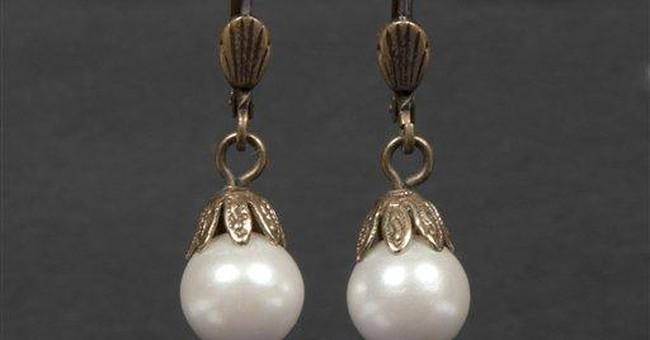 Whitney Houston's dress, earrings up for auction