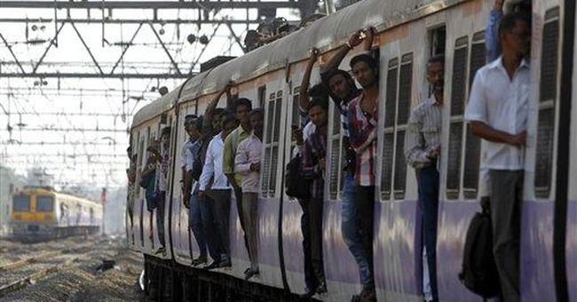15,000 die each year crossing rail tracks in India