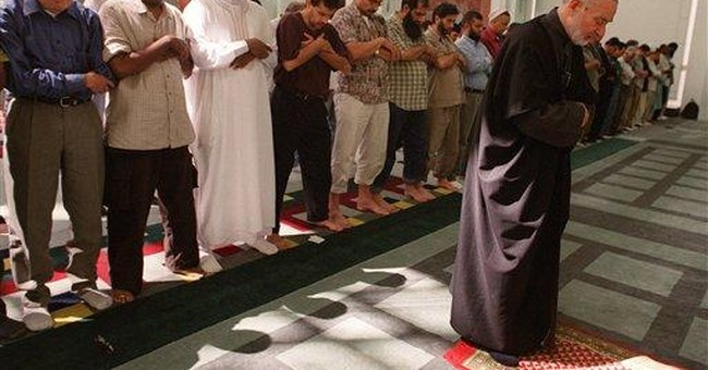 With cameras, informants, NYPD eyed mosques