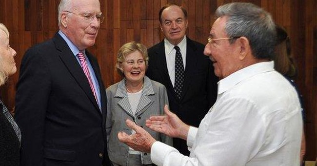 US senators meet Cuba's Castro about contractor