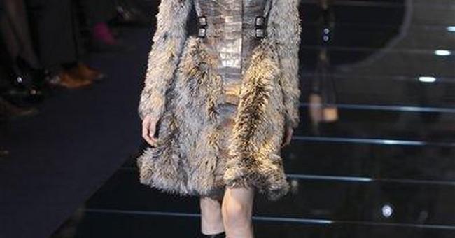 Versace corners chainmail market