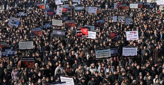 Azerbaijan honors victims of 1992 massacre