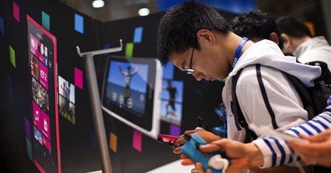 Nokia pins hopes on cheaper Windows smartphone