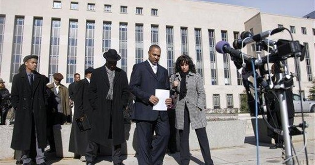 Ex-DC councilmember pleads guilty to theft