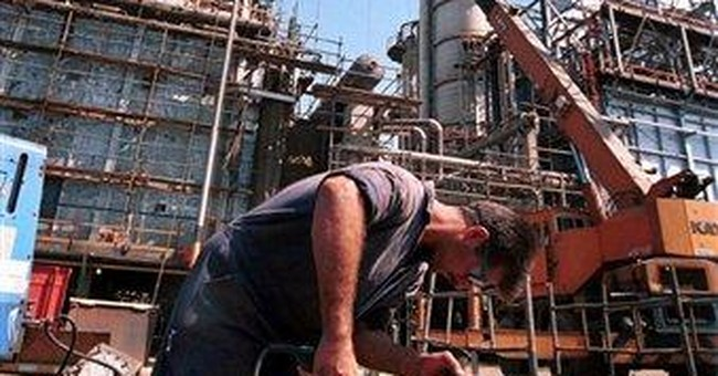 Asian economies look to keep Iranian oil flowing
