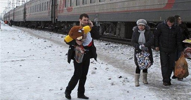 Russia train journey shows discontent with Putin