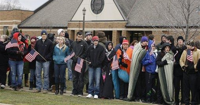 Hundreds honor student killed in Ohio shooting