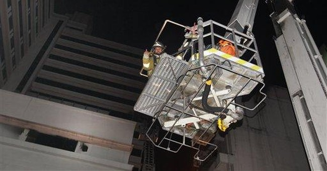 Fire burns at large hotel in Bangkok tourist area