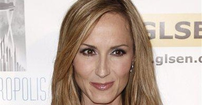 Musician Chely Wright to open LGBT center in Mo.