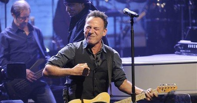 Springsteen brings customary energy to NYC show