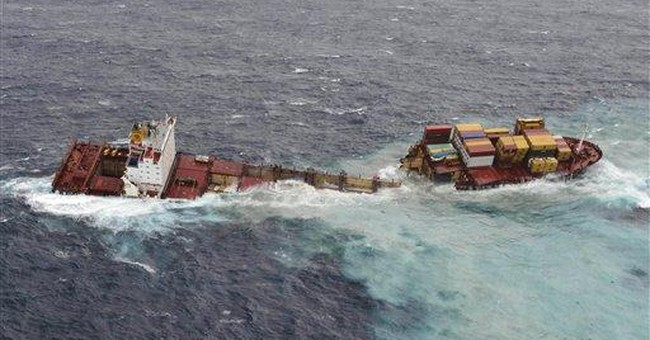 Little oil seen after ship splits in New Zealand