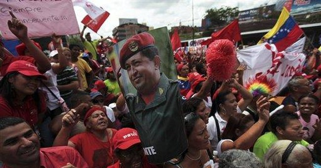 Thousands rally to show support for Hugo Chavez
