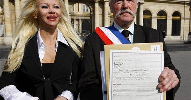Sarkozy gets poll boost in race for presidency