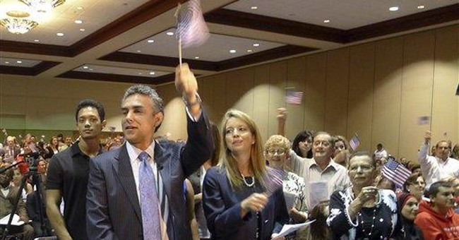 Lifesaving neurosurgeon gets citizenship in Fla.