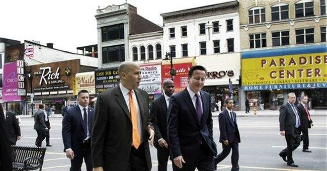 British PM Cameron visits 9/11 memorial in NYC