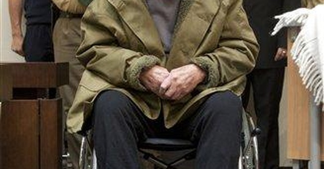 John Demjanjuk, convicted death camp guard, dies