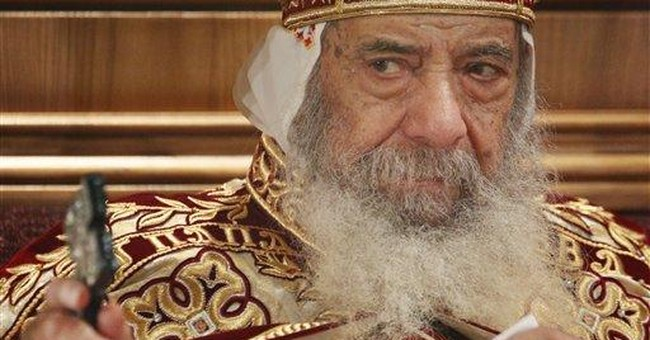 Pope praises Shenouda III, shares pain over death