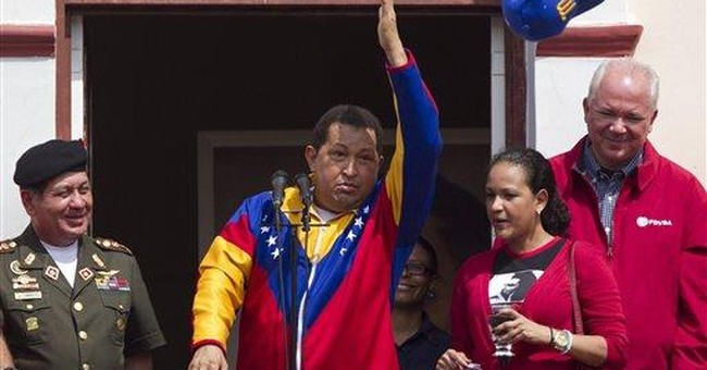 Chavez makes energetic homecoming after surgery