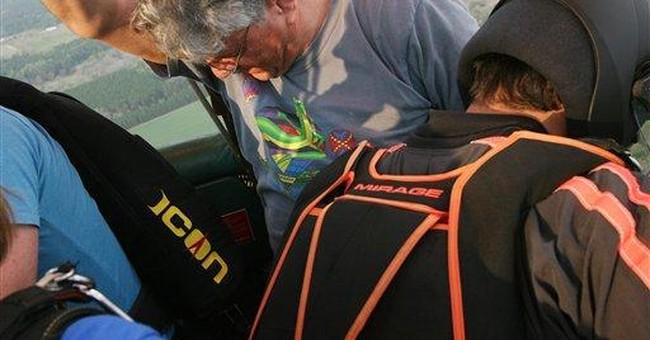 Balloon pilot killed in Ga., passengers are safe