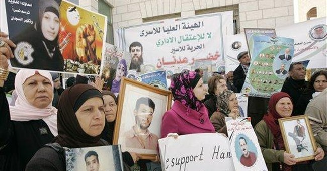 Doctors say Palestinian hunger striker is critical