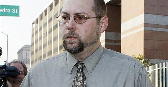 APNewsBreak: Man to plead guilty for celeb hacking