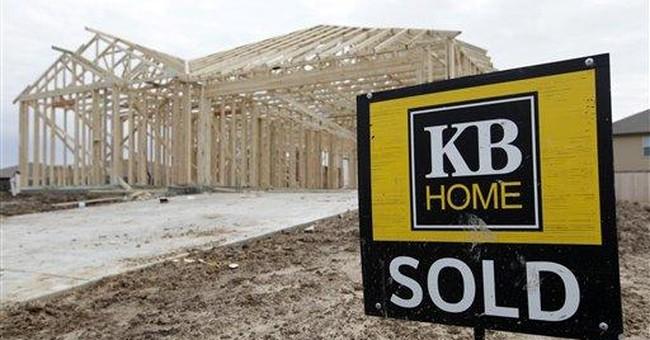 KB Home posts smaller 1Q loss as revenue rises