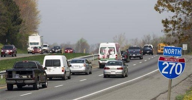 Cash spills on the highway: What would you do?