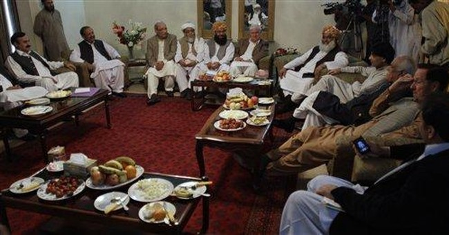Taliban warn Pakistan lawmakers over NATO supplies