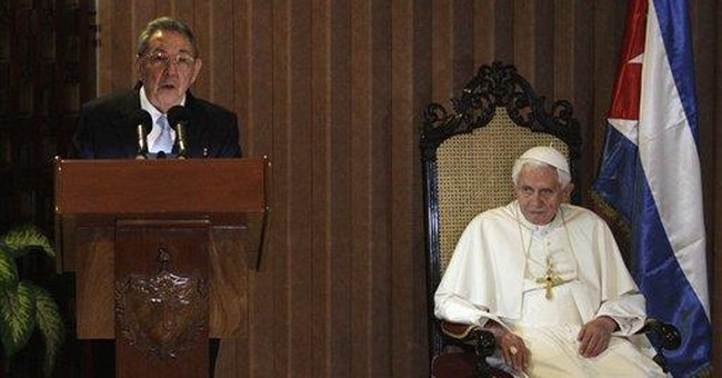 Pope urges greater openings in vast Cuban Mass