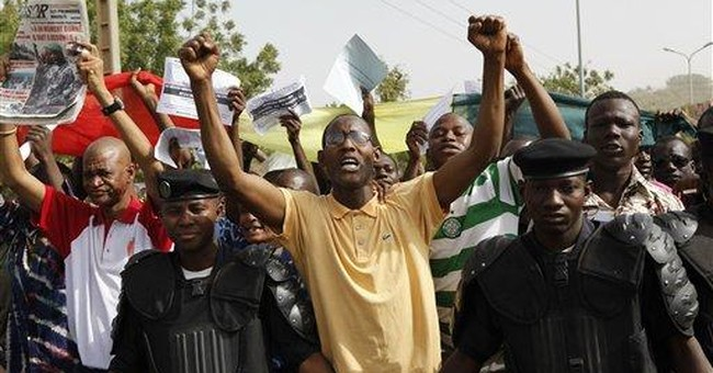 Bloc threatens to seal off Mali, cut off money