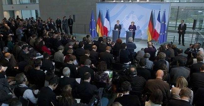 Merkel, Sarkozy stress growth a priority in crisis