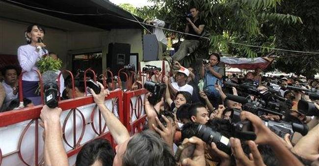 Suu Kyi's near-sweep raises Myanmar democracy hope
