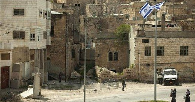 Israeli army orders settlers out of Hebron house