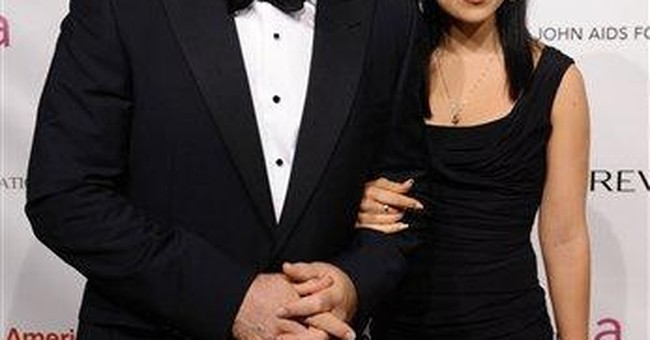 Actor Alec Baldwin engaged to marry Hilaria Thomas