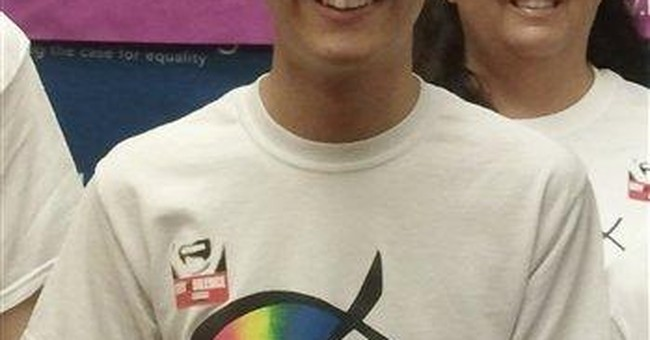Ohio school to let gay student wear T-shirt 1 day