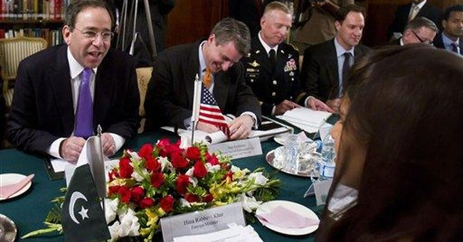 Pakistani militant leader thumbs nose at US bounty