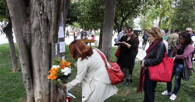 Elderly Greek kills himself in main Athens square