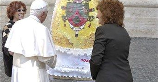 Pope donates huge chocolate Easter egg