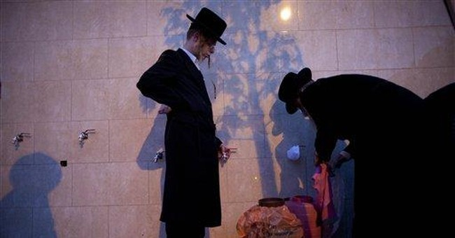 Israelis prepares for Passover festival